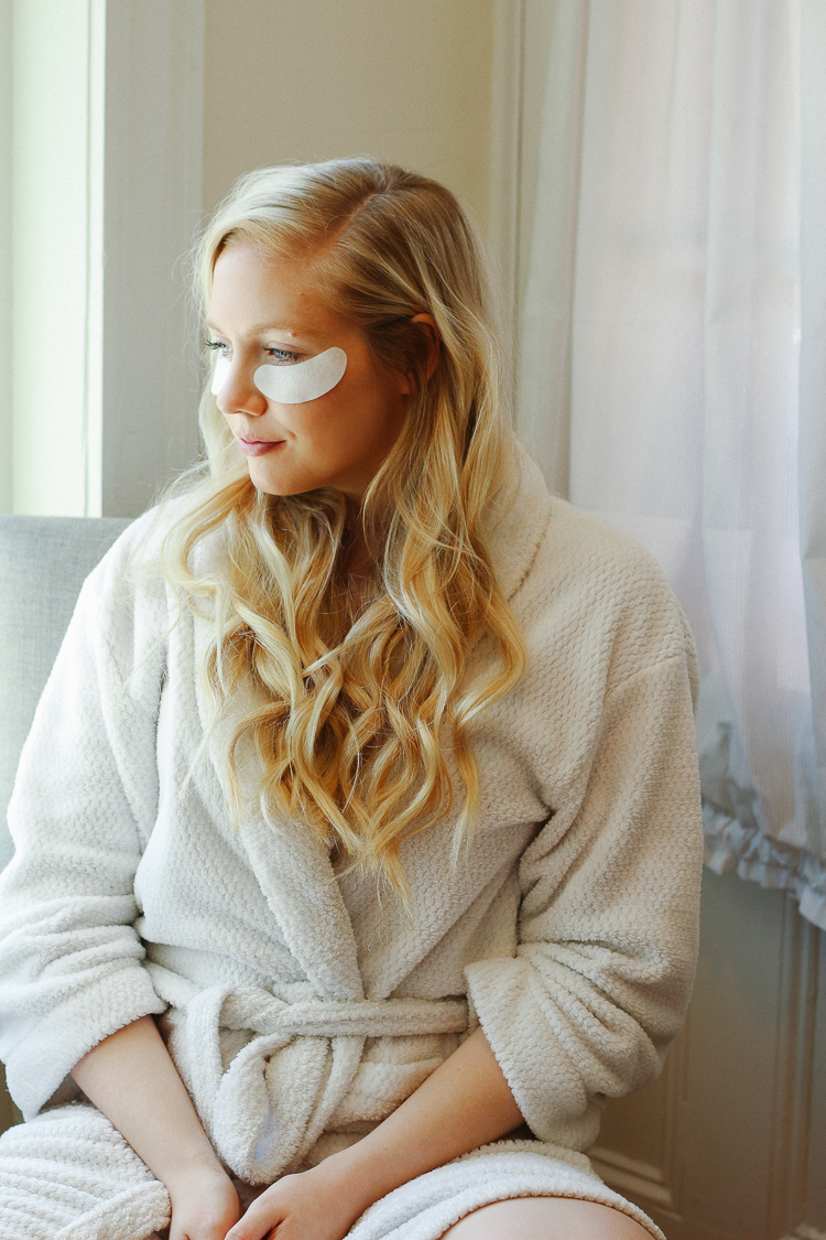 Beauty Review: VIIcode Under Eye Pads